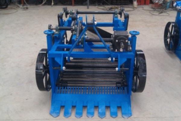 mesin-pemanen-kacang-tanah-min
